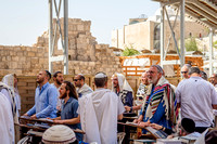 Exhorting Prayer at Western Wall 3